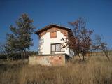 Вила на 35 км от София
