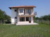 Three bedroom villa close to a golf course and the beach