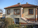 Двуетажна къща за продажба в Малко Търново