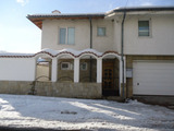 Solid house with swimming pool in Asenovgrad