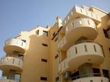 Обзаведен двустаен апартамент в нова сграда с уникална архитектура