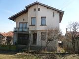 Двуетажна къща до Белоградчик