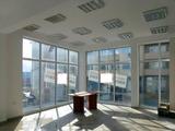 Търговско помещение със статут на кафе – клуб в добре развит квартал на Велико Търново
