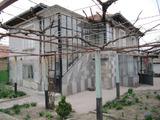 Идилична селска къща близо до гр. Раковски