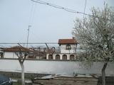 Две къщи с двор в село 32 км от Пловдив