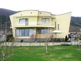 Прекрасна къща в живописния град Карлово