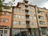 Апартамент до пазара