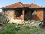 Стара къща близо до Тополовград