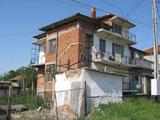 Къща с двор в Елхово