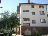 Рестраврирана къща/етажи от къща в град Девин