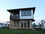 Нова двуетажна къща на 8 км от Балчик