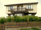 """Двуетажна къща на 5 км от плажа на кк """"Албена"""""""