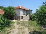 Селски имот близо до Елхово