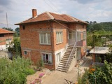 Голяма къща за продажба в Симеоновград
