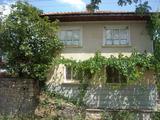 Къща в района на Сливен