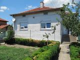 Къща близо до Чирпан