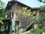 Двуетажна вила в тихо село в близост до Видин