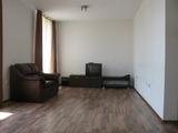Тристаен апартамент на бул.България в Пловдив