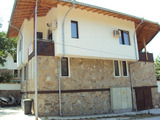 Two bedroom apartment with parking space and a cellar in the famous architectural reserve of Arbanassi