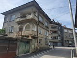 Spacious house with a yard, garage and additional building Dryanovo