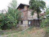 Двуетажна къща в град Ракитово близо до Велинград и Цигов чарк