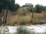 Регулиран парцел на тиха асфалтирана улица в град Елхово