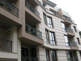 Тристаен апартамент с прекрасна гледка в луксозна сграда в топ центъра на Пловдив