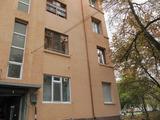 Просторен обзаведен и оборудван апартамент в Пловдивския квартал Кършияка