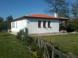 Къща на 1 етаж за продажба в село Равнец