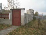 Регулиран парцел с масивна ограда на 25 км от София