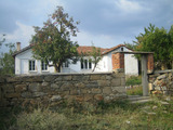 Detached house with beautiful garden near Harmanli