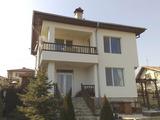 Двуетажна, много уютна къща, на 15 минути от Варна