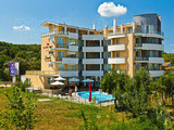 Spacious one-bedroom apartment in the complex Danubia Beach
