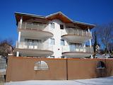 Къща с шест апартамента между Балчик и Албена