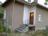 Fully furnished renovated house with garden near Montana