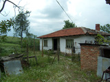 Old country house with garden and exceptional views near Elhovo