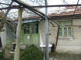 Еднофамилна къща с двор близо до Ямбол