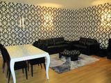 Луксозен двустаен апартамент в затворен комплекс в центъра на Пловдив
