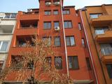 Четиристаен апартамент в широк център на Пловдив