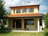 Новопостроена къща в село Съдиево
