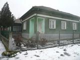Хубава масивна къща с лятна кухня на 13 км от Видин