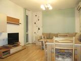 Обзаведен и оборудван тристаен апартамент в широк център на Пловдив