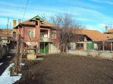 Имот в село само на 12 км. от Полски Тръмбеш