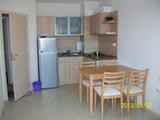 Двустаен апартамент в комплекс Емберли в Лозенец