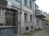 Двуетажна напълно реставрирана къща в топ центъра на гр. Бургас