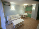 Two-bedroom apartment in Oasis Resort complex in Lozenets