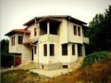 Чудесен вилен имот в полите на Стара планина