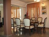 Луксозно обзаведен тристаен апартамент в Кършияка