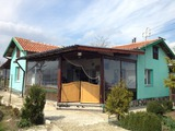 Нова къща близо до Бургас с 2700 кв.м двор