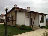 Едноетажна къща за продажба близо до Слънчев бряг и Бургас